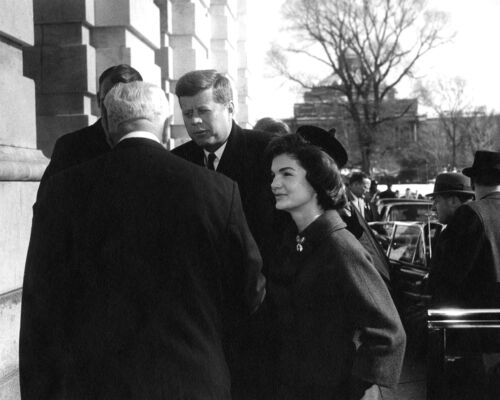BB-356 KENNEDY /& FIRST LADY JACKIE ARRIVE @ THE US CAPITOL  8X10 PHOTO JOHN F