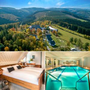 Sauerland 4★ Hotel mit Halbpension & Wellness in Schmallenberg Kurzurlaub Urlaub