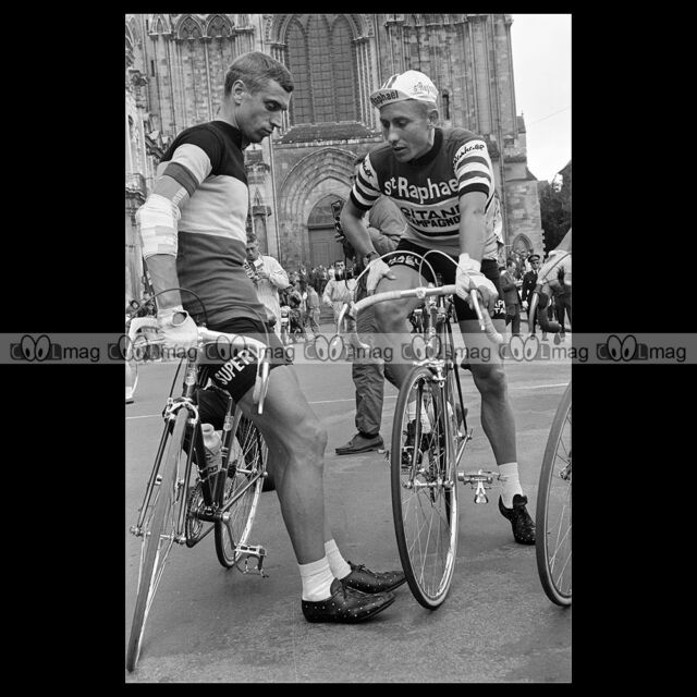 #phs.005907 Photo RIK VAN LOOY & JACQUES ANQUETIL 1964 LISIEUX TOUR DE FRANCE
