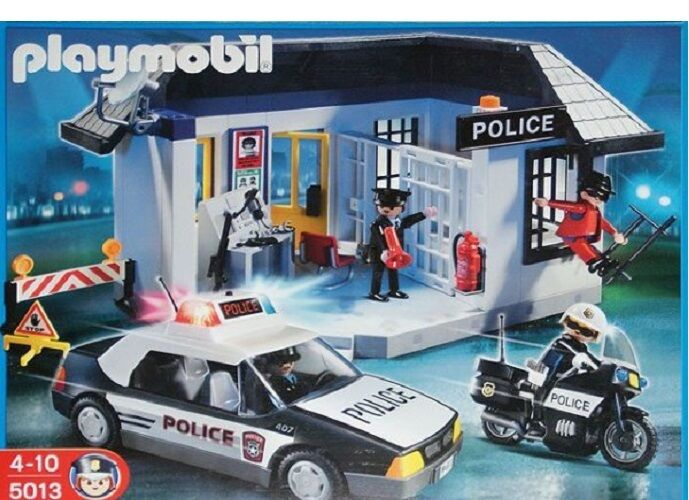 Playmobil 5013 – Police Station Collectible Complete Set Rare Collectible Station 47a4c4