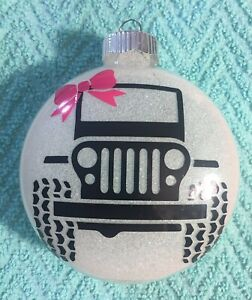 Girly-Jeep-Christmas-Ornament