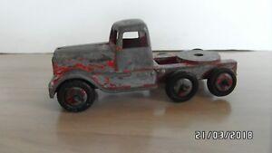 Vintage CRESCENT die cast wagon cab