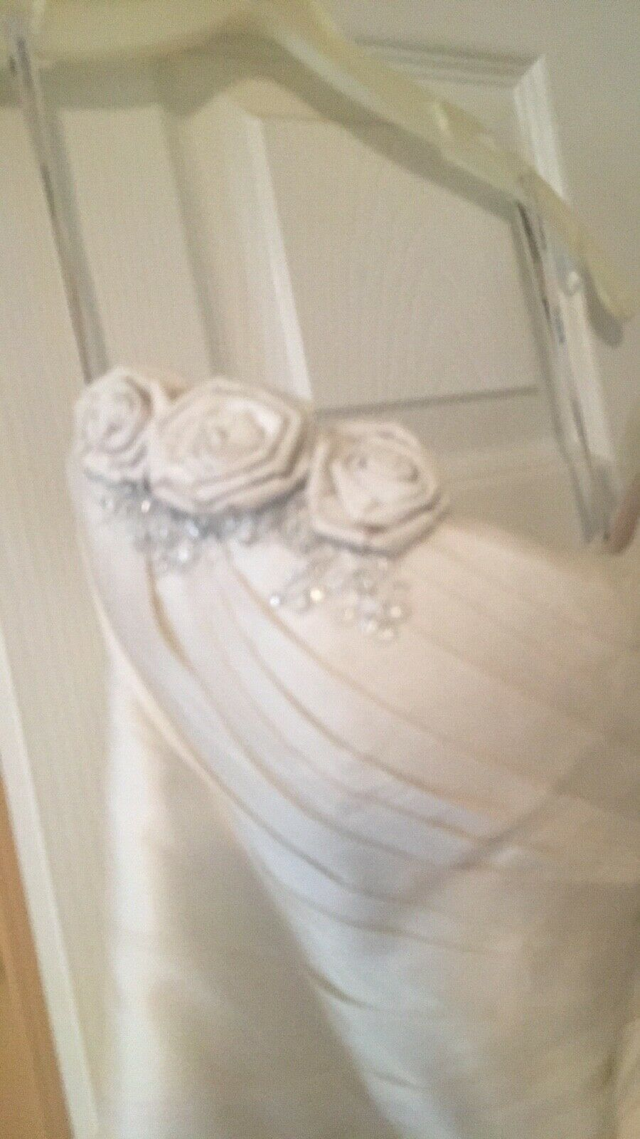 Martina Liana Couture Wedding Gown size 2 - image 7