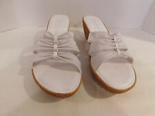 ITALIAN SHOE MAKER LADIES WHITE FABRIC WEDGE SANDALS SIZE 10 M