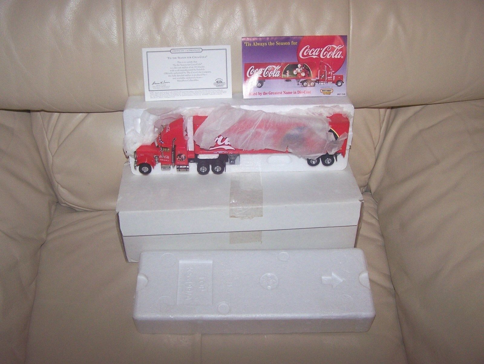 MATCHBOX- COCA-COLA -  1998   TIS THE SEASON'' PETERBILT RIG & TRAILER-MIB