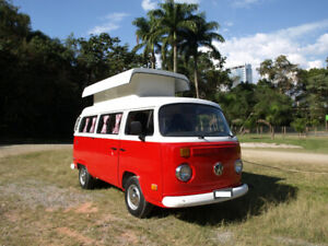 Beautiful VW Bus, Type 2, baywindow