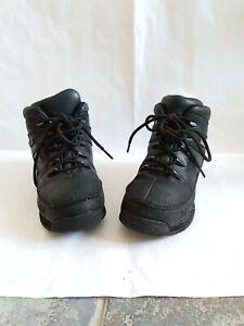 kids timberland boots size 1. or eu 33