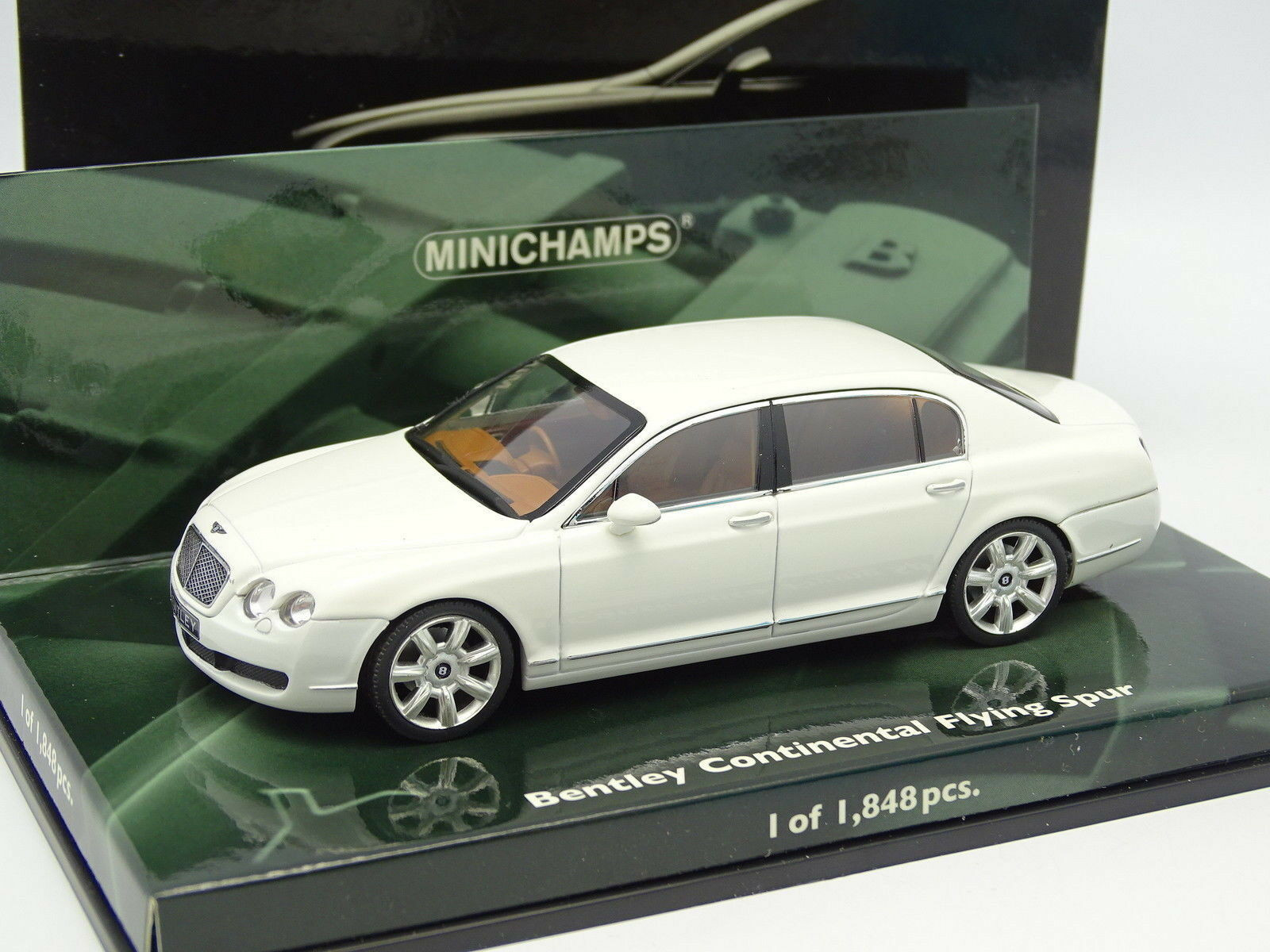Minichamps 1 43 - Bentley Continental Flying Spur Blanche