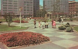 Postcard-Equitable-Plaza-Gateway-Center-Pittsburgh-PA