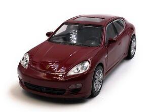 Maquette-de-Voiture-Porsche-Panamera-S-Rouge-Auto-1-3-4-39-Licence