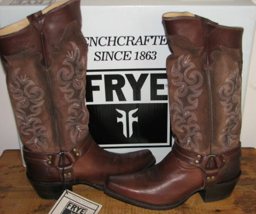 FRYE Stiefel WO Herren LILLY HARNESS NEW TALL 8.5,9  BRAND NEW HARNESS IN ORIGINAL BOX a011e1