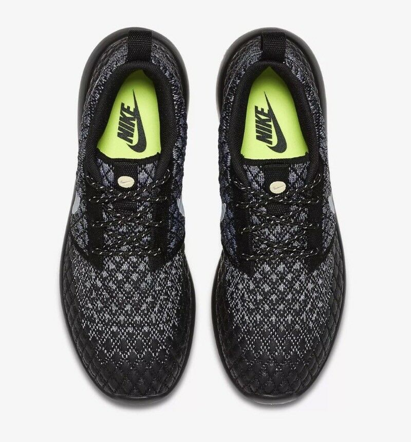 2bee68346380 ... NIKE ROSHE TWO FLYKNIT 365 RUNNING SHOES SHOES SHOES GREY BLACK 861706  001 SIZE 6.5 WOMEN S ...