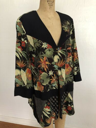 On 14w Tropical Floral Carole Black Ii Rayon Shrug Single Euc Little Button 56OAanq6