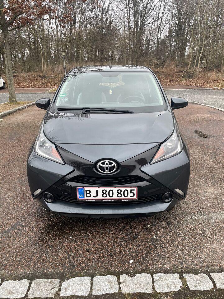Toyota Aygo, 1,0 VVT-i x-play Touch, Benzin