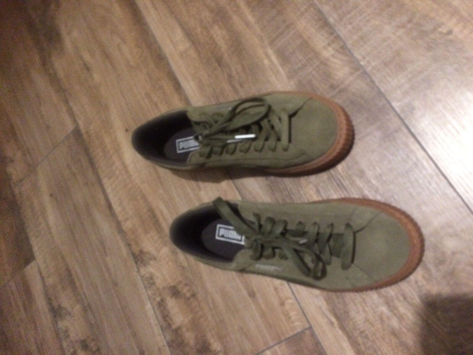Puma Sneaker Platform Basket Suede oliv Größe 38 neuwertig