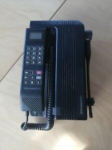 Autotelefon-Motorola-International-1000-Model-CCUF-2170B