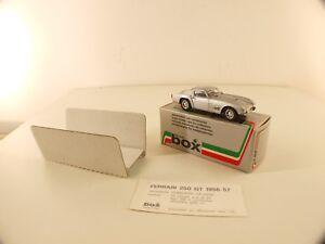model-Box-8406-Ferrari-250-GT-56-Stradale-1-43-jamais-joue-en-boite-boxed