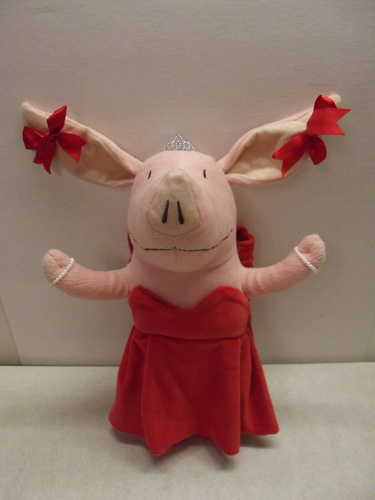 OLIVIA THE PIG GLAMOUR PLUSH RED DRESS JEWELRY OPERA SINGER HANDBAG TOTE DOLL