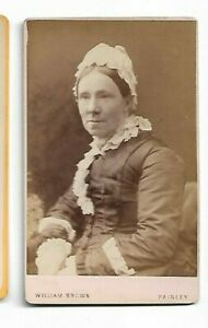 Victorian-Era-Woman-lace-bonnet-Photo-by-William-Brown-Paisley-6121
