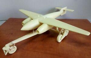 1-32-Arado-E-377A-Rheinmetall-Borsig-starting-trolley-Limited-edition-resin