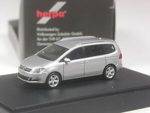 TOP-Herpa-Sondermodell-VW-Sharan-silber-metallic-in-grosser-OVP