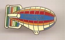 Pin's pin ZEPPELIN AEROSTAT DIRIGEABLE BESANCON (ref CL03)