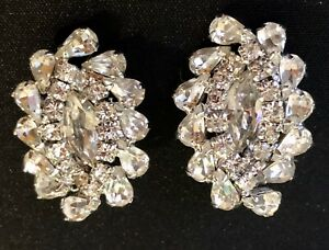 Vintage-Kramer-Rhinestone-Art-Deco-Style-Clip-Back-Earrings-Silver-Tone-Signed