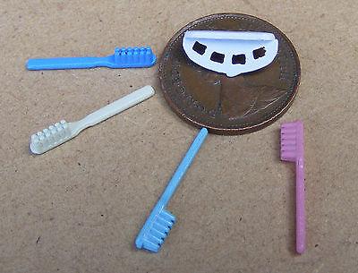 Adattabile 1:12 Scala Rack Di 4 Colorate Spazzolini Da Denti Tumdee Casa Delle Bambole Bagno Denti-mostra Il Titolo Originale