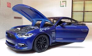 1-24-Scale-Blue-Ford-Mustang-2015-3-7-5-0-V8-GT-Diecast-Super-Model-Car-31508