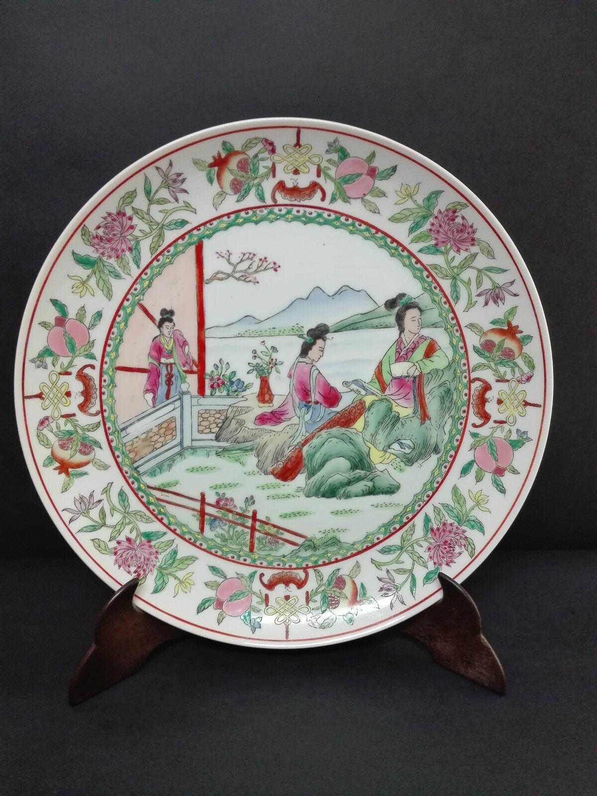 Antiguo Gran Plato en porcelana Canton china decoraciones pintadas pintadas pintadas a Femmeo 31cm. 3a6114