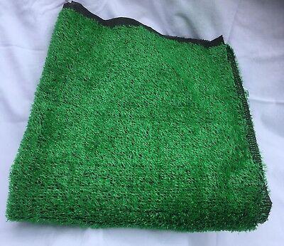 Radient Artificial Grass 0.91m X 3.05m (3ft X 10ft ) Roll,florist,displays Om Een Hoge Bewondering Te Winnen En Is Op Grote Schaal Vertrouwd Thuis En In Het Buitenland.