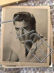 ELVIS-PRESLEY-8x10-ORIGINAL-PROMO-PHOTO-ON-PAPER