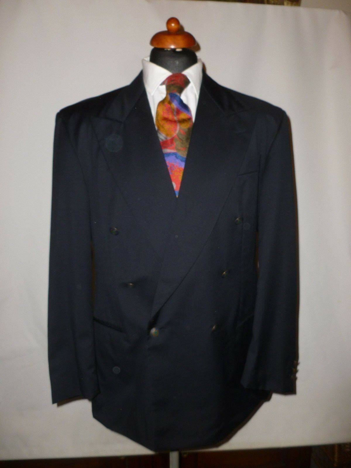 HUGO BOSS DARK  NAVY  PURE WOOL  BLAZER   SIZE  MADE IN SWITZERLAND