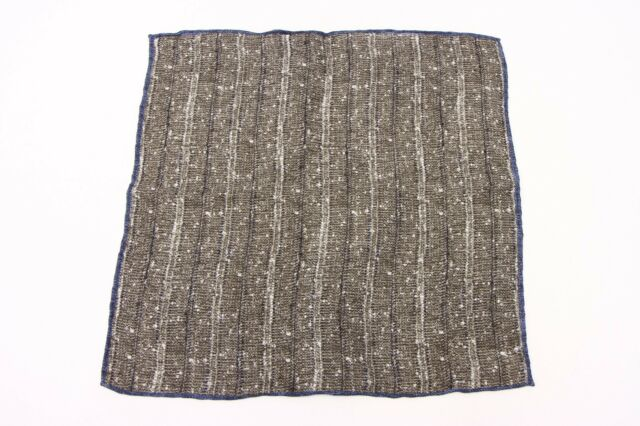 NWT Brunello Cucinelli Men/'s Linen-Cotton Speckled Print Pocket Square  A176