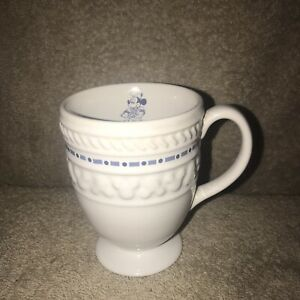 Disney-Coffee-Mug-Cup-Gourmet-Mickey-Mouse-Footed-Pedestal-White-Blue