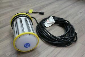 Lind-Equipment-LE360LED-Beacon-360-Portable-LED-Flood-Light-120W