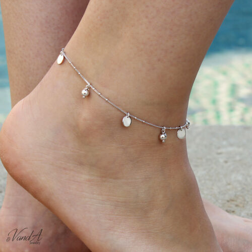 Chunky Glass Blue Charm Anklet in Sterling Silver Plate