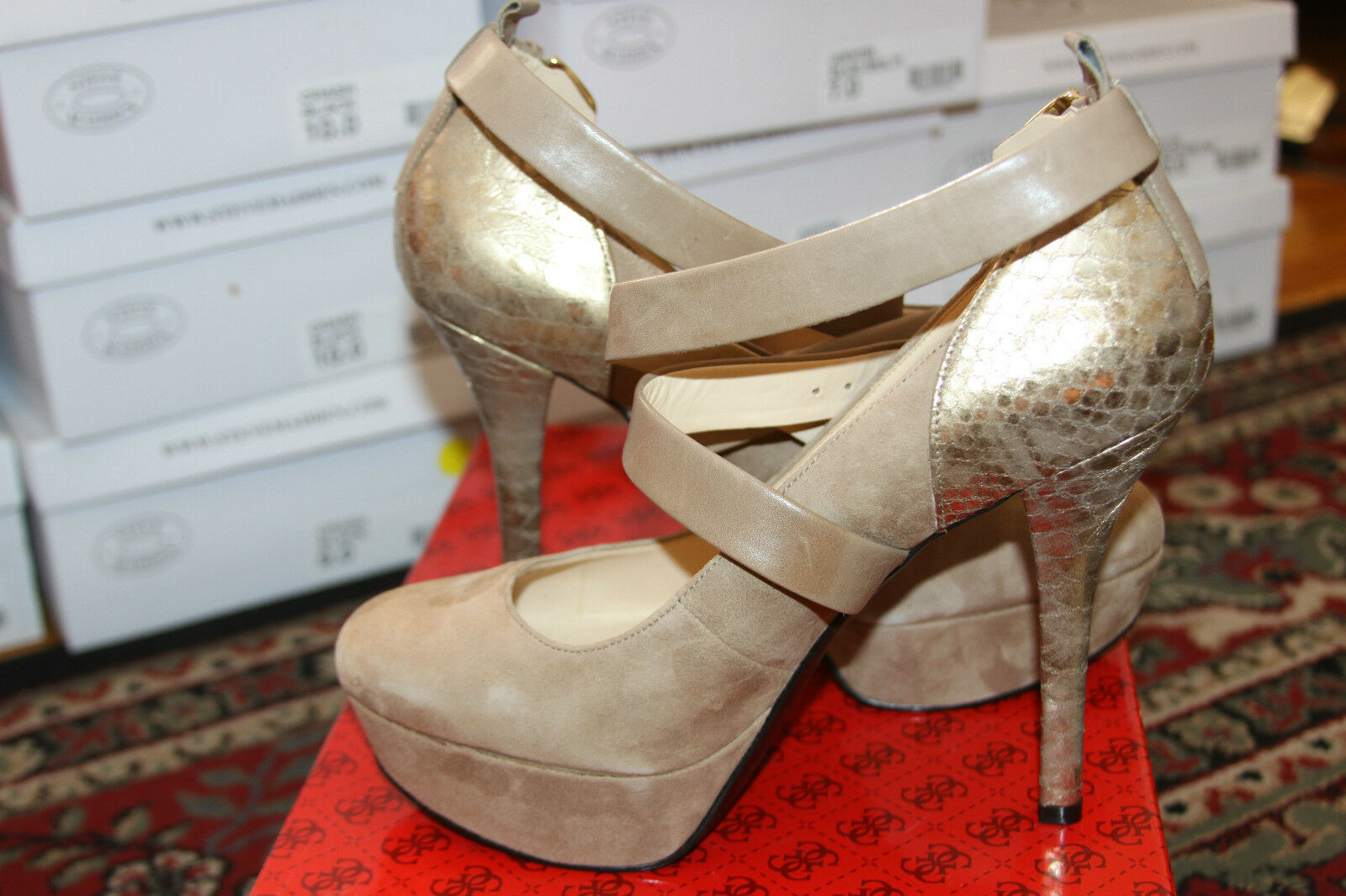 GUESS GWLAMELLA LEATHER UPPER BEIGE COLOR PLATFORM SIZE 10M