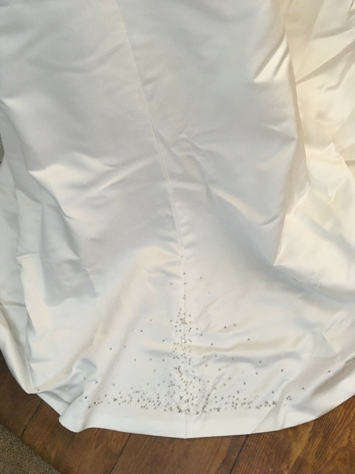 Wedding Dress Women's Size 6  With Vail Maggie So… - image 12