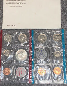 MINT 1969 UNCIRCULATED Genuine U.S MINT SETS ISSUED BY U.S
