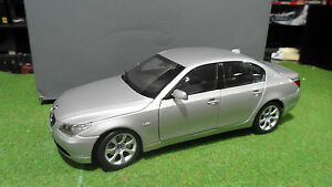 Bmw 545 I Sedan Serie 5 Gris Silver Au 1/18 Kyosho 80430153201 Voiture Miniature