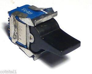 Interrupteur-a-palette-inverseur-2A-2RT-NOS-Fabrication-annees-70