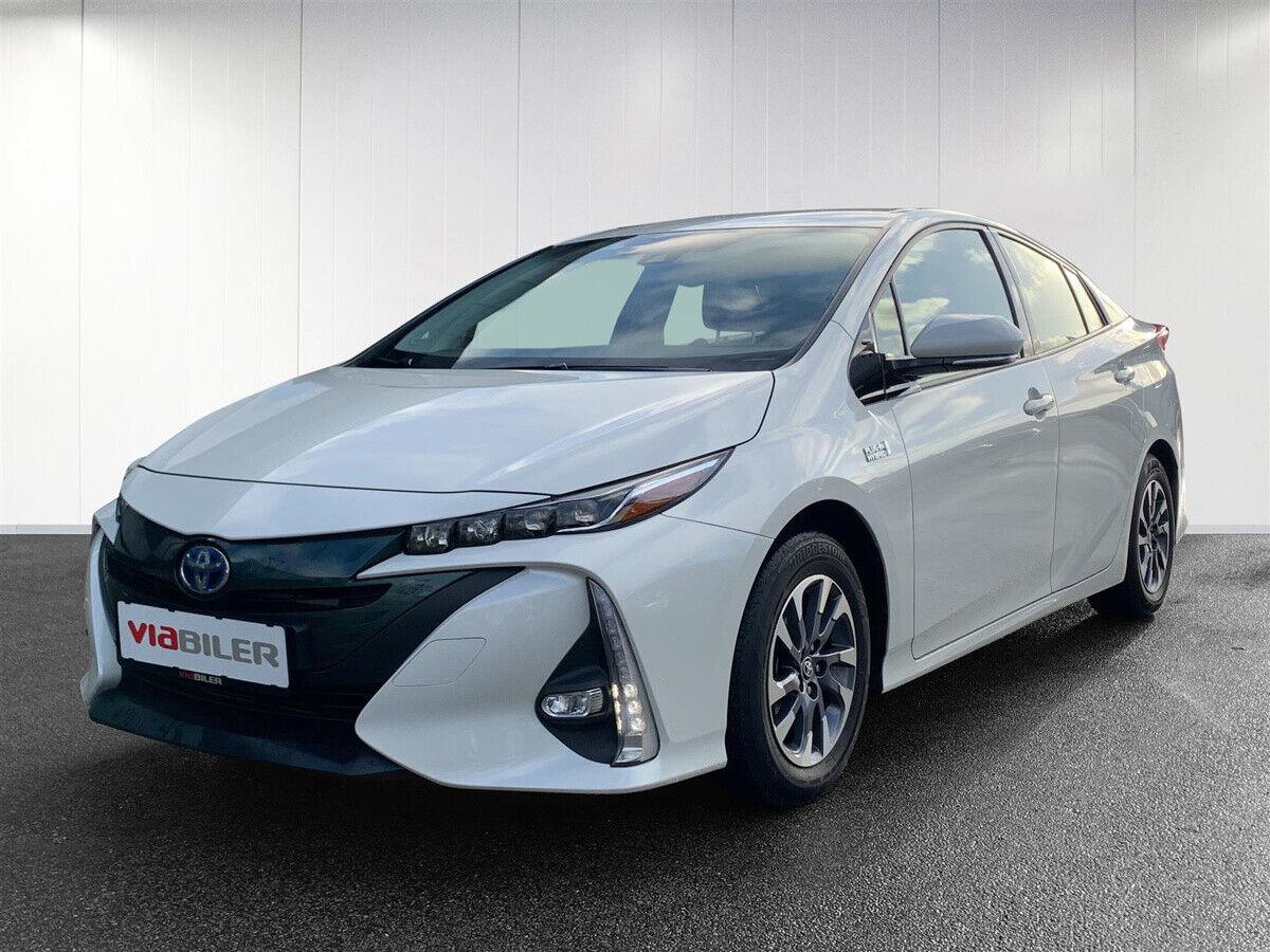 Toyota Prius 1,8 Plug-in Hybrid H3 MDS 5d - 224.900 kr.