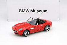 BMW Z8 Roadster rot 1:24 MotorMax