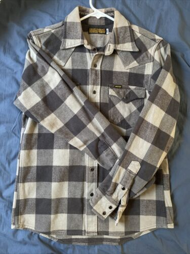 Iron Heart Flannel (small)