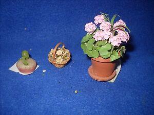 Lot-of-3-mini-flowers-incl-geranium-cactus-straw-1-12-scale