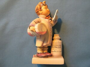 Figura-abejorro-322-der-apotheker-Aceite-de-Ricino-Little-PHARMACIST-alter