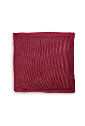 Frederick Thomas plain maroon knitted pocket square