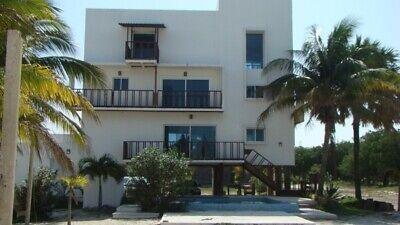 Preciosa casa en la playa con piscina