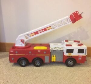 """2010 Tonka Hasbro Fire Rescue #328 W/sound & Lights Toy Fire Truck 23"""" #06735 Long Performance Life Battery Operated 1990-now"""
